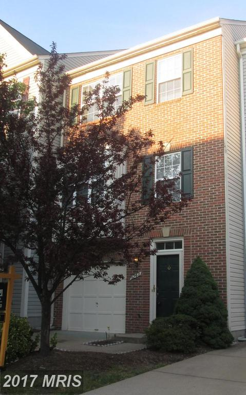 Nice Garage Townhome close to VRE and Commuter Routes At Gunston Corner in Lorton thumbnail