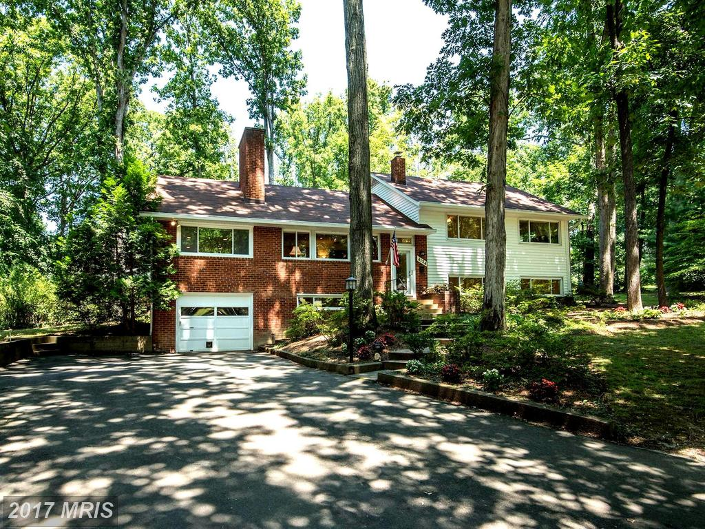 Just Listed, 2 Days On the Market In Annandale - $624,888 thumbnail