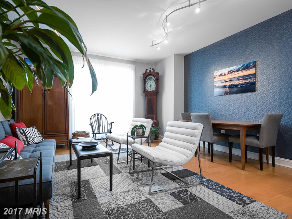 Contemporary High-Rise Condo In Alexandria Virginia Selling For $490,000 thumbnail