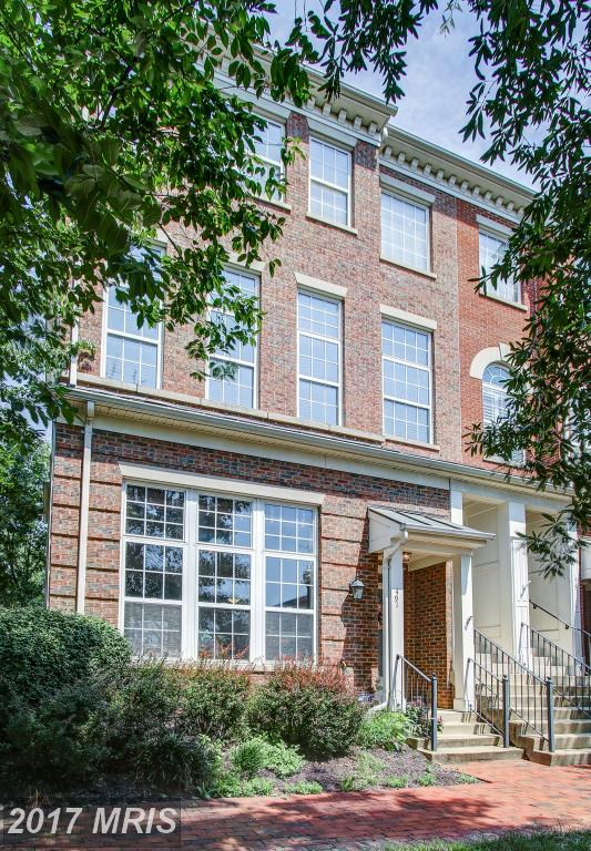 Considering Woodland Hall At Camern? Consider This Townhouse. thumbnail