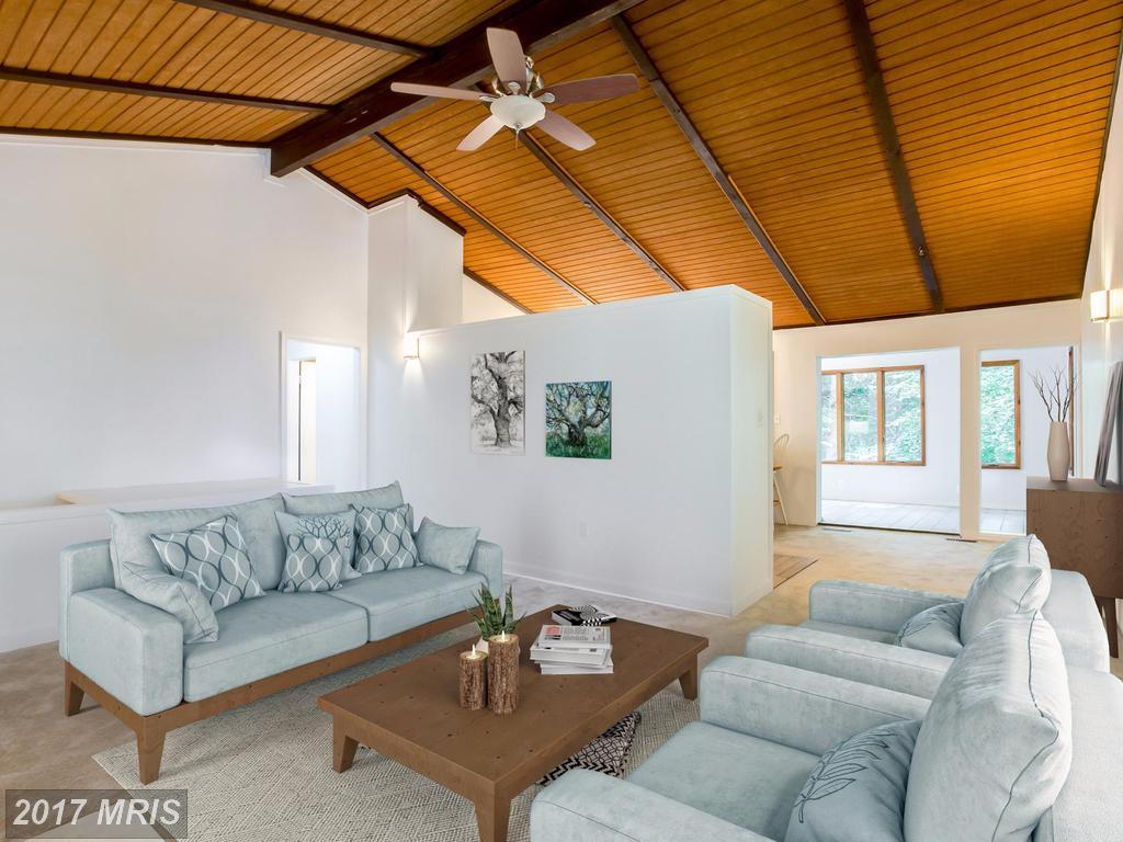 6282 Occoquan Forest Dr Manassas, VA : $375,000 – Nesbitt Realty ...