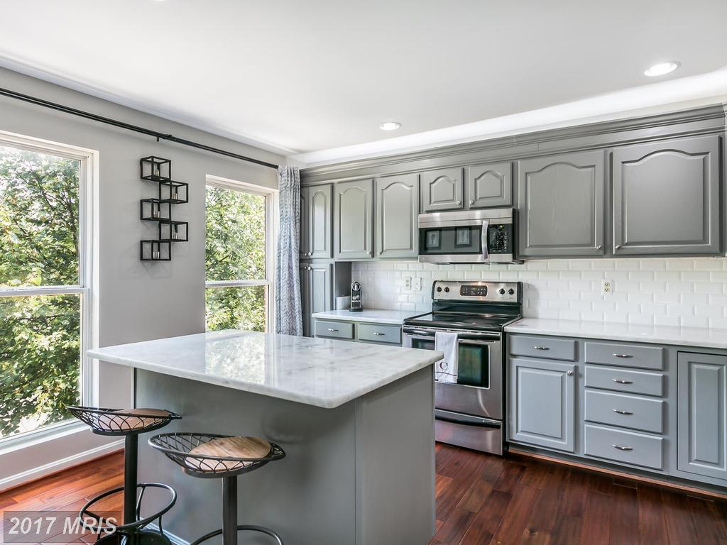 Nesbitt Realty Can Help You Sell Your Townhouses At Reston thumbnail