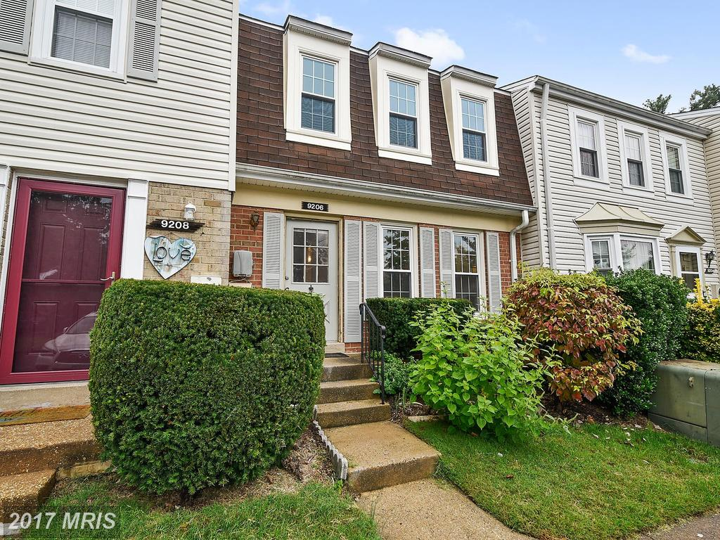 What Kind Of Townhouse Can I Buy In Burke For $290,000? thumbnail