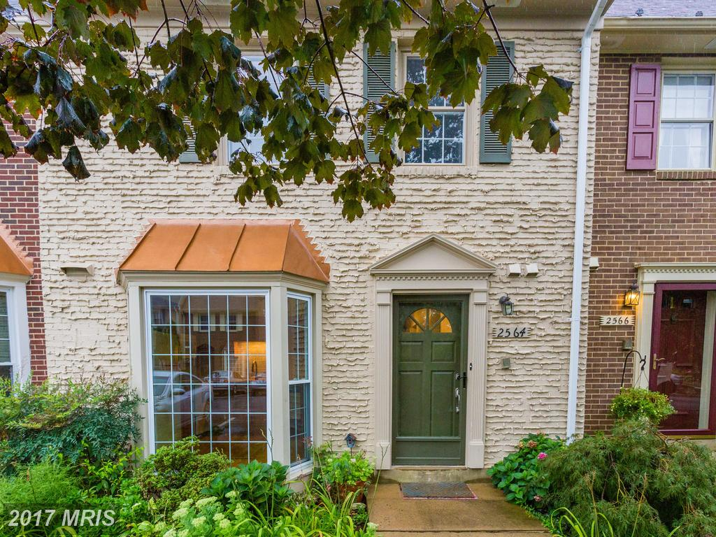 2 Bedroom Colonial Advertised For $423,000 In Alexandria thumbnail