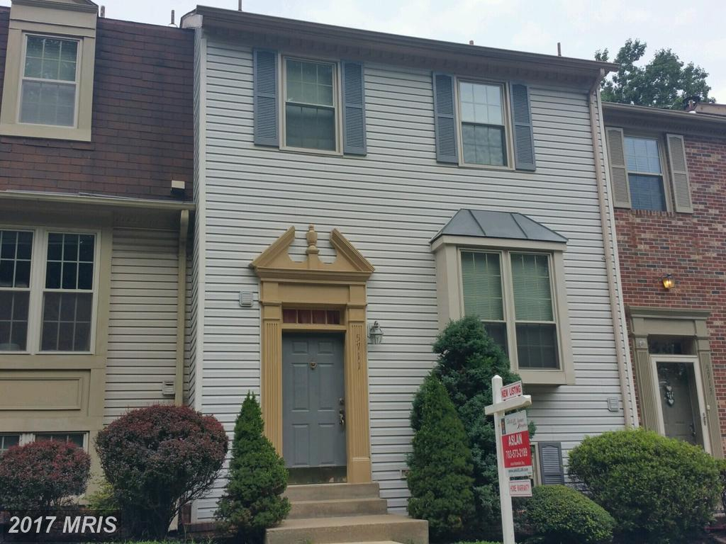 Stunning 3 level 3 Bedroom Townhouse At Townes Of Burke in Burke thumbnail