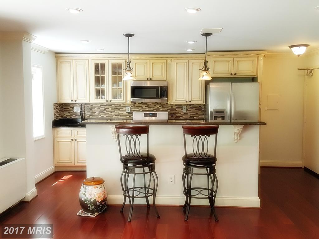 Beautiful and completely renovated 2 Bedroom Condo at Annandale Gardens in Annandale thumbnail
