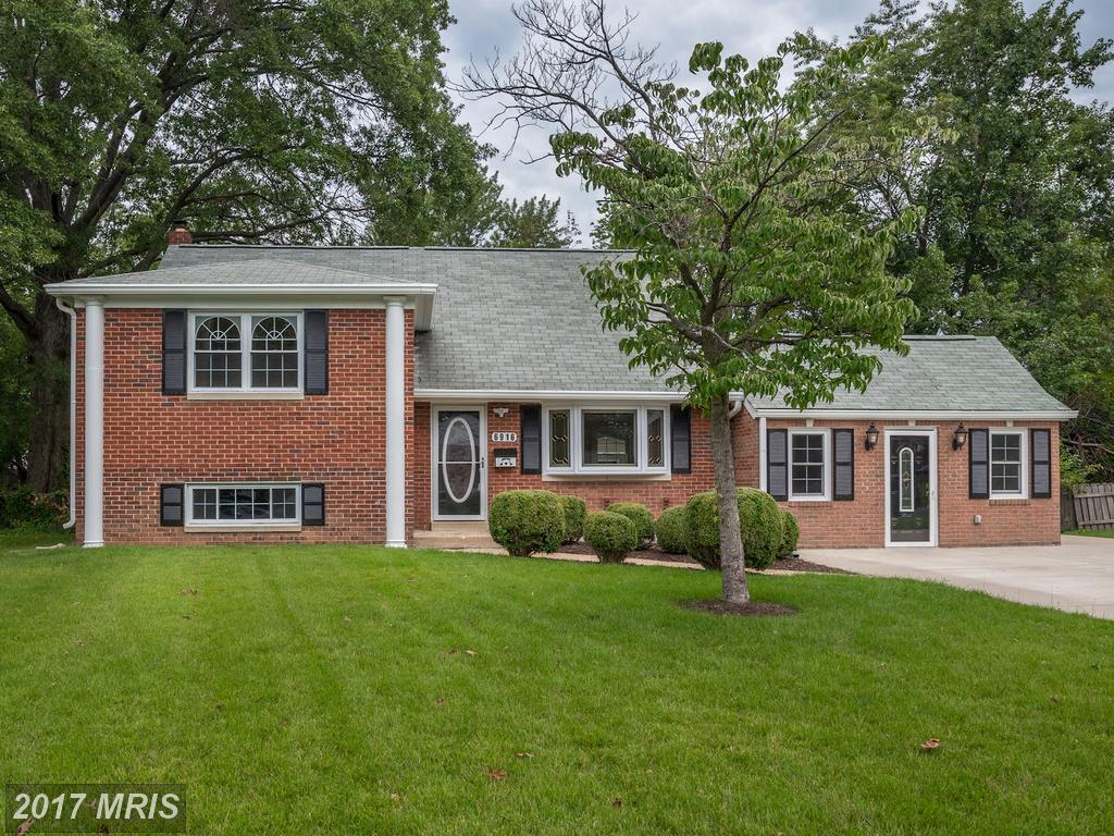 Very Nice Updated Colonial Home on over quarter acre lot at Lynbrook in Springfield thumbnail