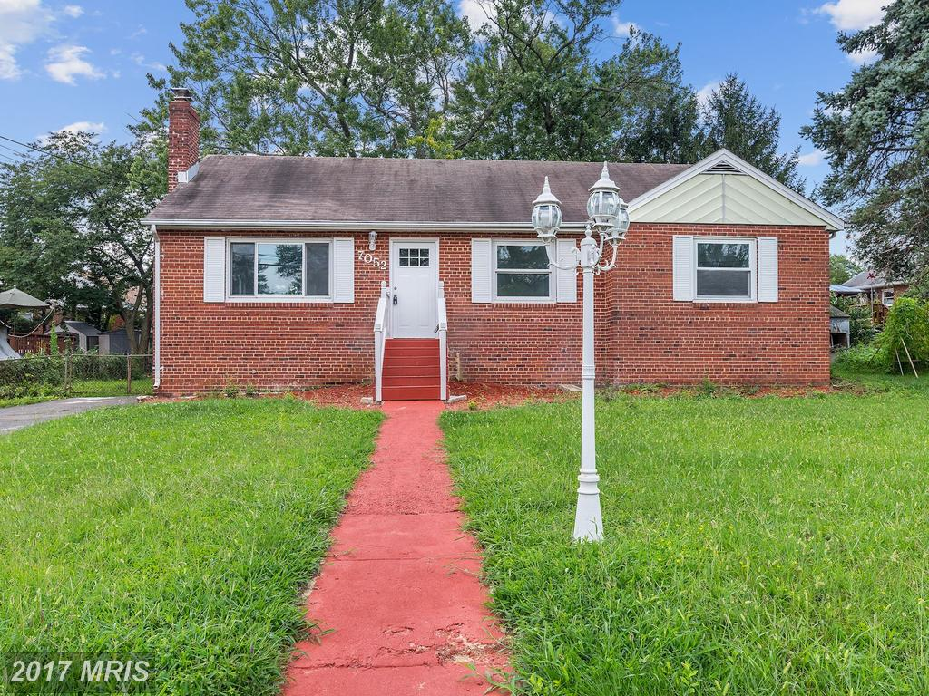 Warm and welcoming Single Family home with updates galore In Springfield thumbnail