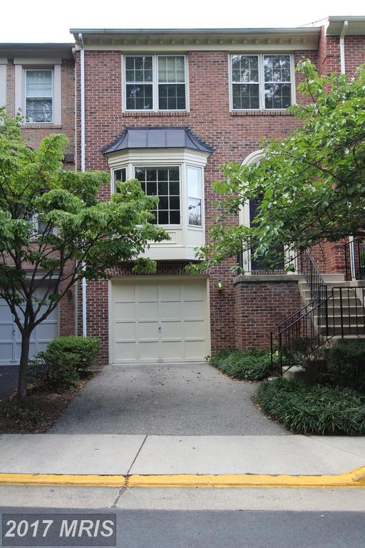 Very Nice 3 Level Townhouse in a Great neighborhood at Westhaven in Springfield thumbnail
