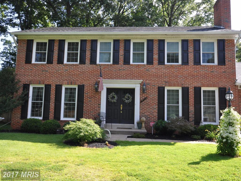 4413 Eastwood Ct, Fairfax, VA 22032