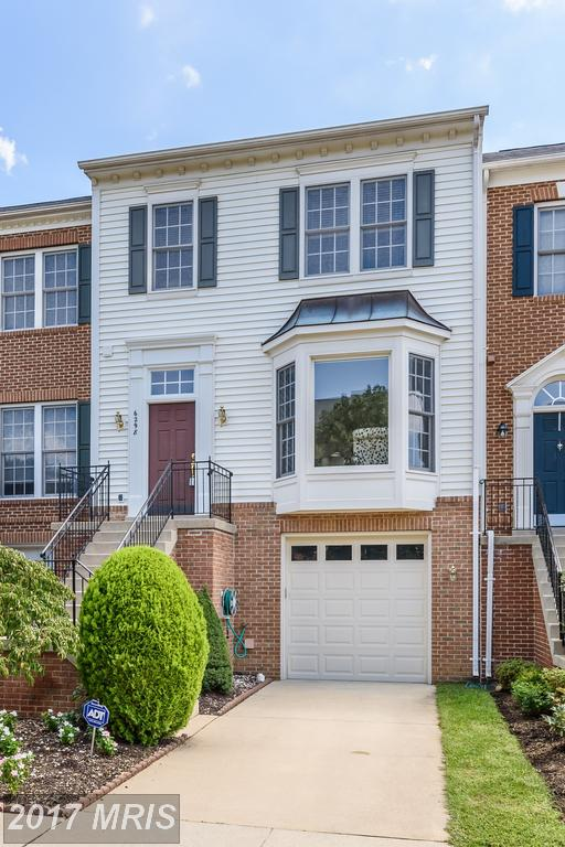 Charming Renovated Townhouse At Japonica in Springfield thumbnail