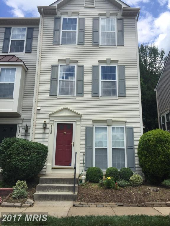 $420,000 In Fairfax At Cedar Lakes for this Townhouse with 1,650 Sqft Of Living Area thumbnail