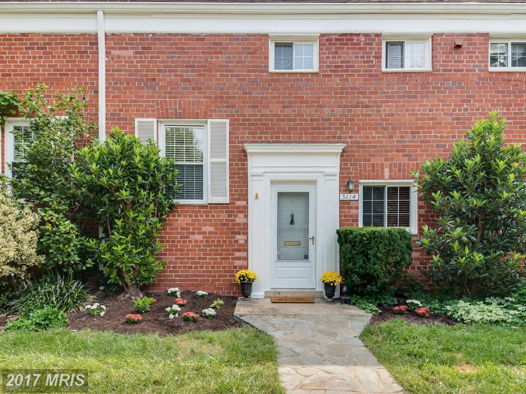 What Can I Buy In The City Of Alexandria For $322,050 To $355,950? thumbnail