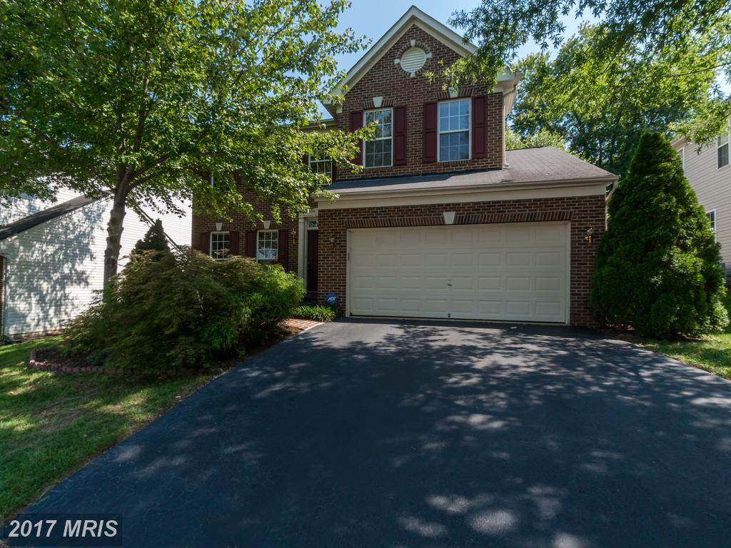 4 bedroom Brick-front Colonial. Backs to woods! Private deck At Masons Passage in Lorton thumbnail