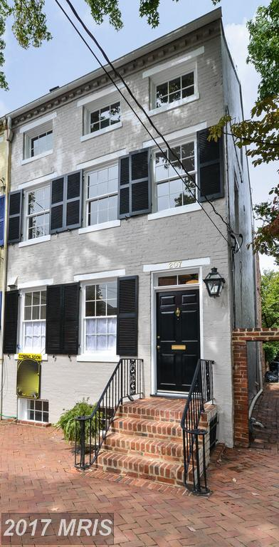 Nesbitt Realty Sells Townhouses At Old Town thumbnail