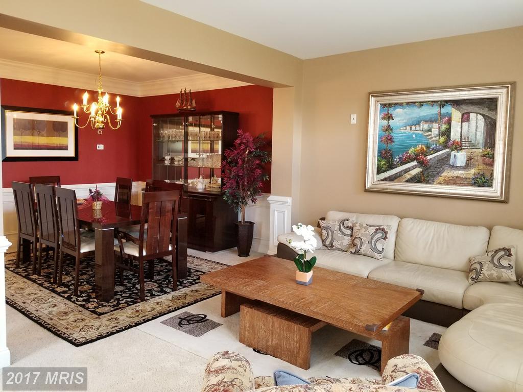 6940 Stanwick Sq, Gainesville, VA 20155