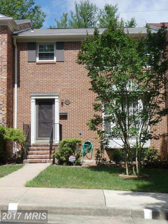 Shopping $435,000 3-BR Townhouses In Springfield? thumbnail