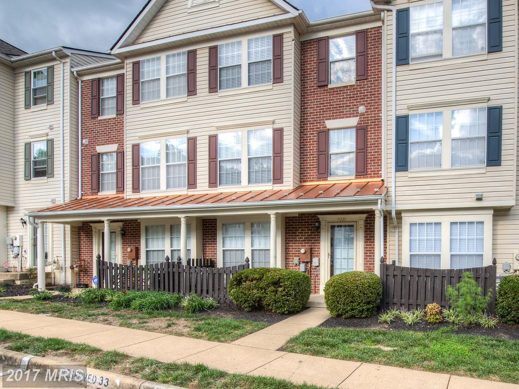 This 3 bedroom 2.5 bath Condo in Lorton is ready for you At Gables At Gunston thumbnail
