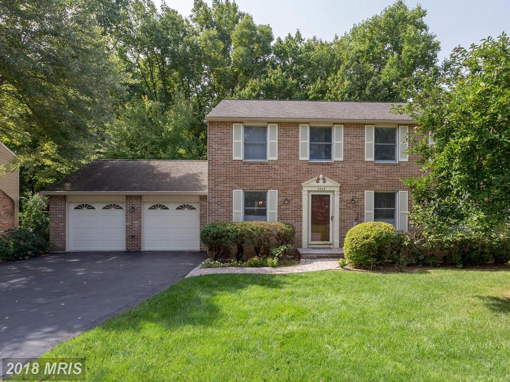 Beautifully maintained brick front colonial at Prosperity Heights in Annandale thumbnail