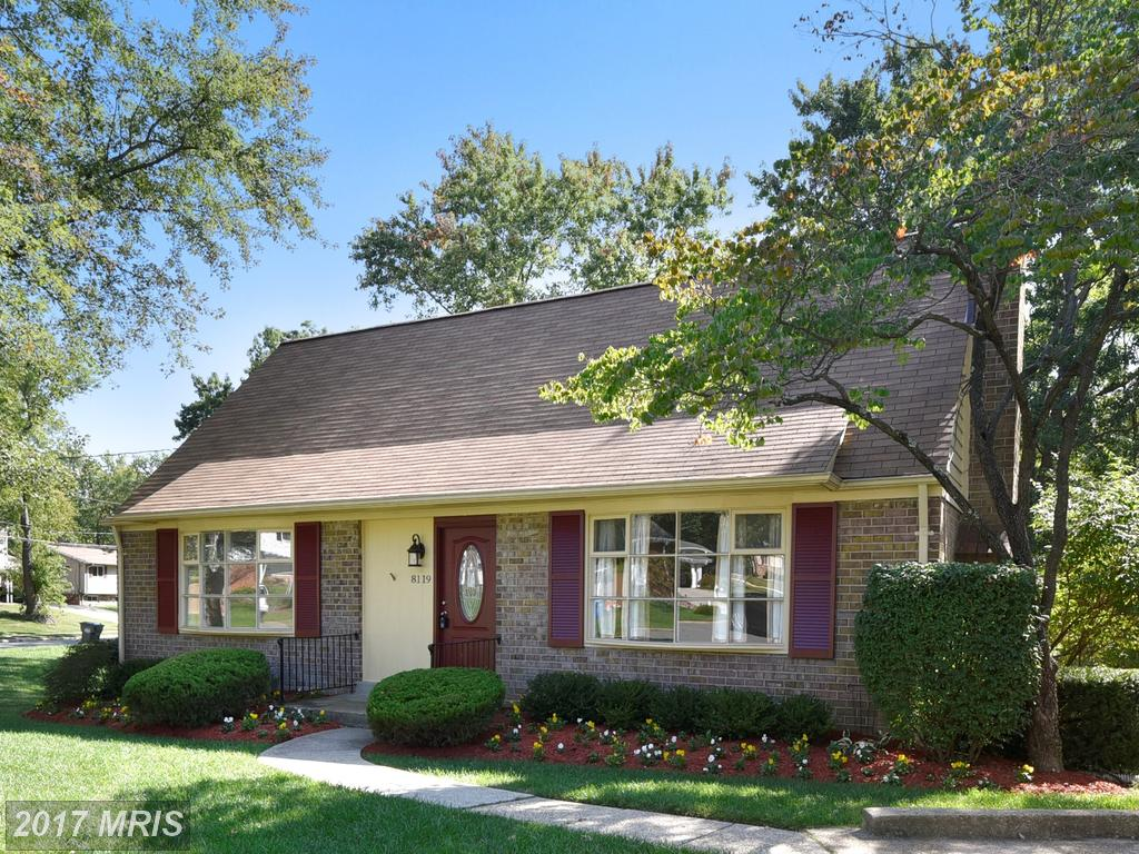 Magnificent Remodeled Colonial Home in sought after West Springfield Village thumbnail