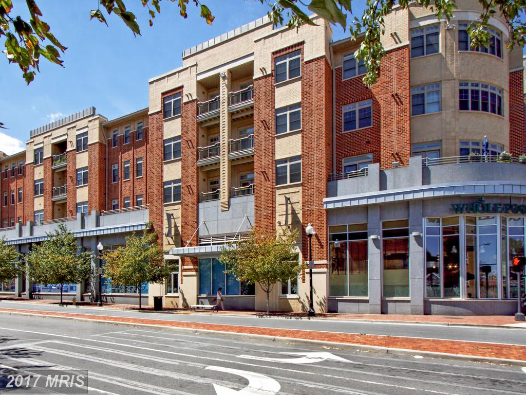 Find A 1 Bedroom Garden-style Condo In Alexandria For $339,000 thumbnail