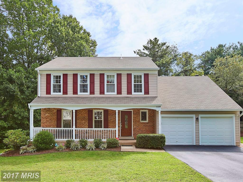 4 Bedroom House Asking $699,900 In Fairfax County thumbnail