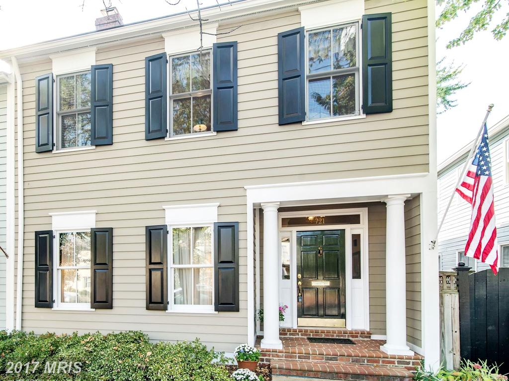 4 Beds // 2 Full Baths - 1 Half Baths // $1,700,000 In Alexandria At Old Town thumbnail