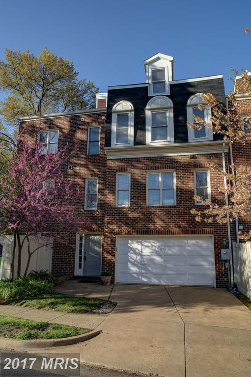 How Much Does 2,304 Sqft Of Real Estate Cost In Courtland Manor? thumbnail