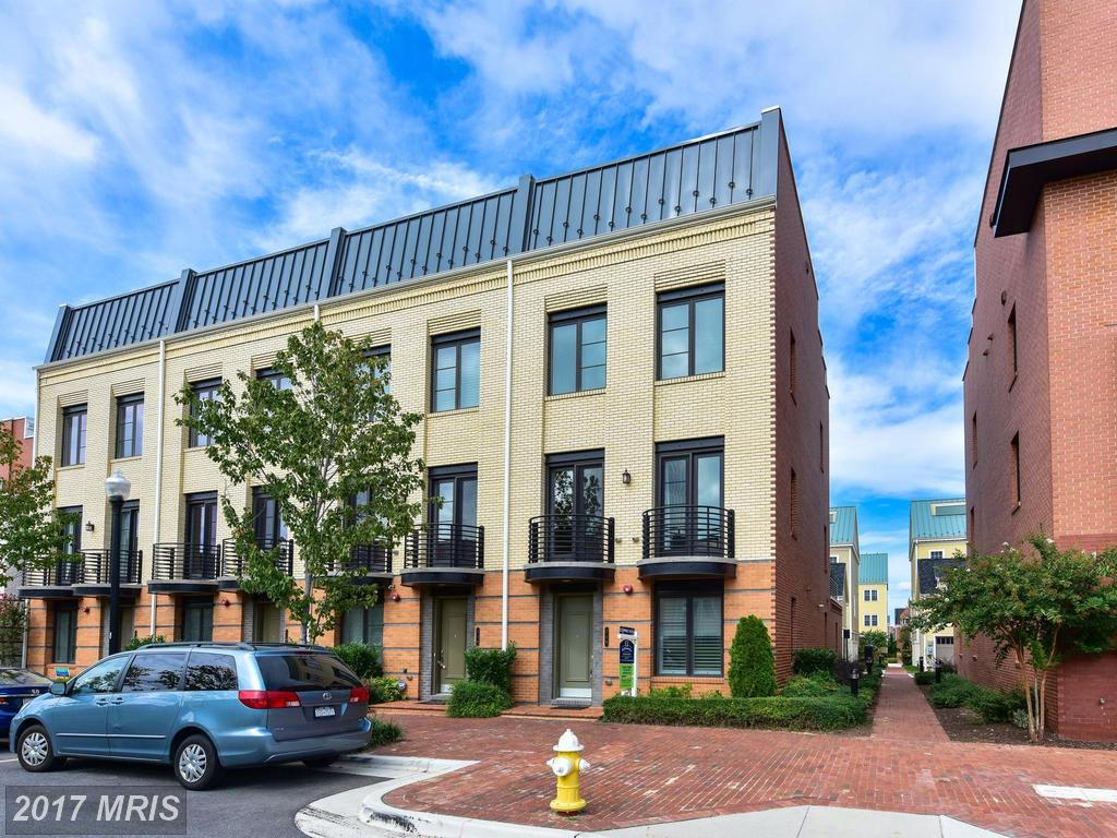 Are You Looking For A Townhouse In Alexandria's Zip 22301 For Around $919,900? thumbnail