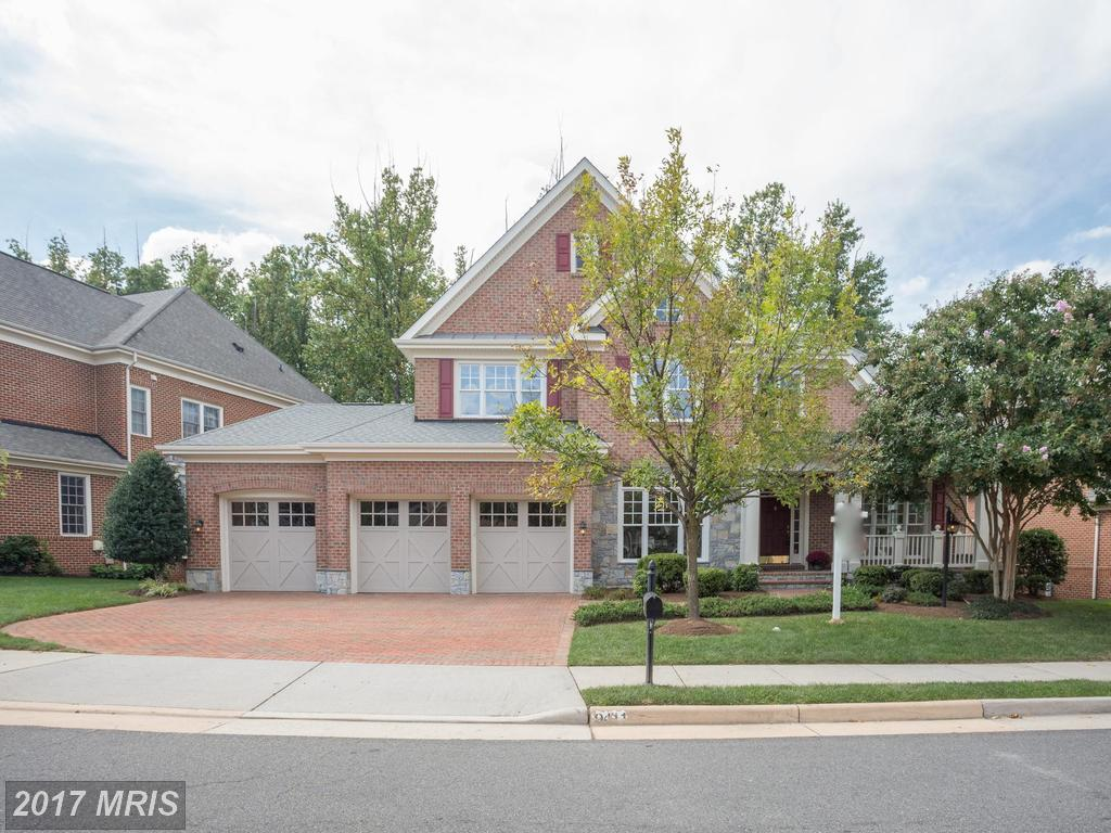 Find A Home For $1,259,989 In 22031 In Fairfax thumbnail