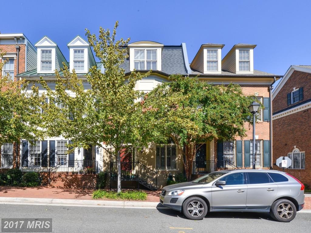 What Can I Buy In The City Of Alexandria For $892,905 To $986,895? thumbnail
