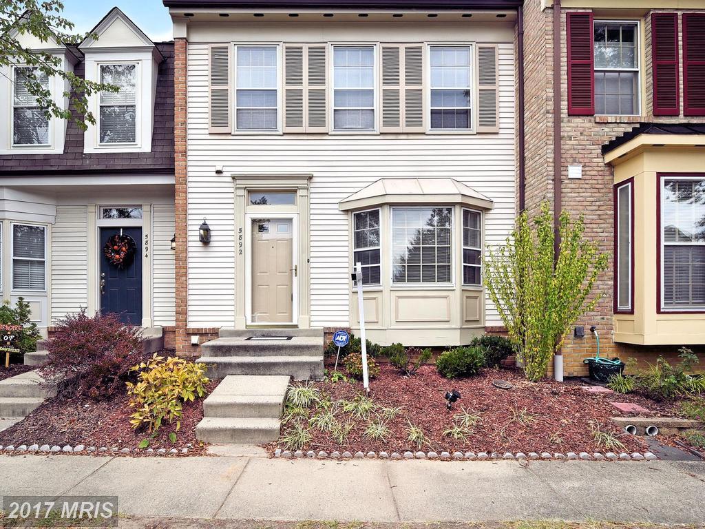 5892 Parenham Way, Alexandria, VA 22310