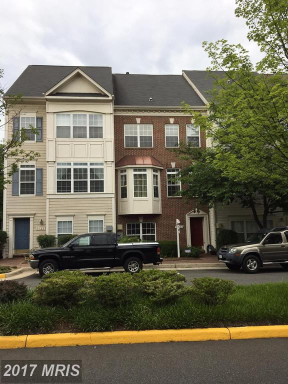 Julie Nesbitt: Remember This If You're Shopping $499,000 Townhouses Like 5423 Cheyenne Knoll Pl In 22312 thumbnail