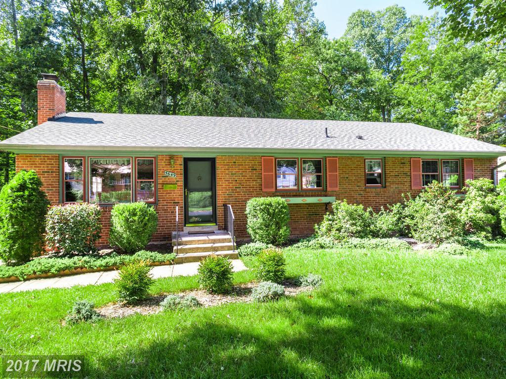 1,857 Sqft Of Living Space In Fairfax County For $589,000? thumbnail