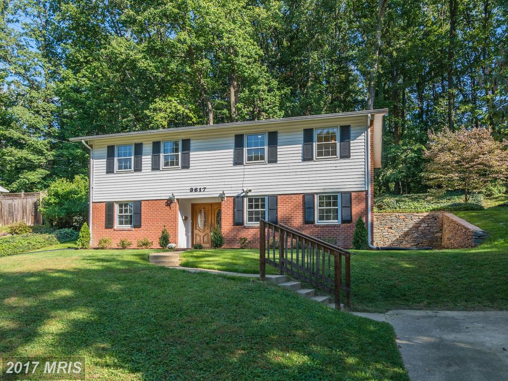 Nice Rambler Style Single family Home at Sleepy Hollow Woods In Annandale thumbnail