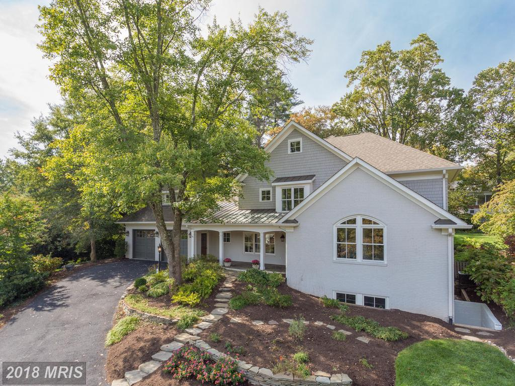 6 Beds // 5 Full Baths - 2 Half Baths // $1,760,000 In Northern Virginia At Chesterbrook Woods thumbnail