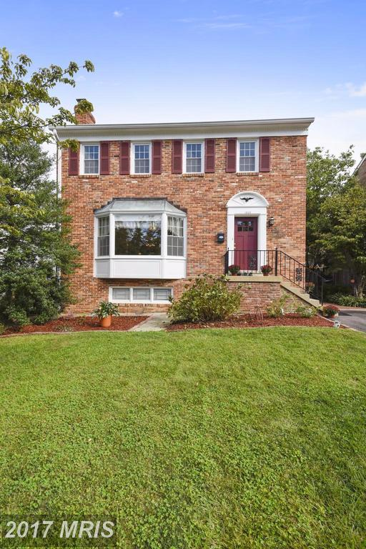 1209 Colonial Rd