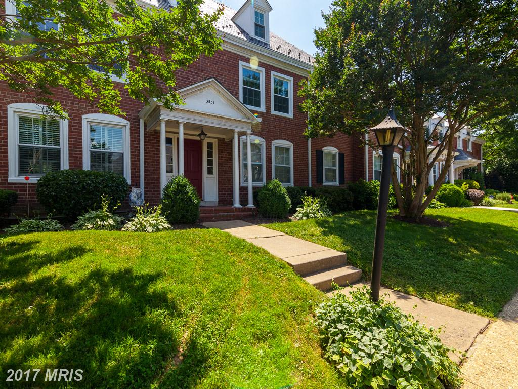 Nesbitt Realty Can Help You Sell Your Garden-style Condos At Fairlington Glen thumbnail