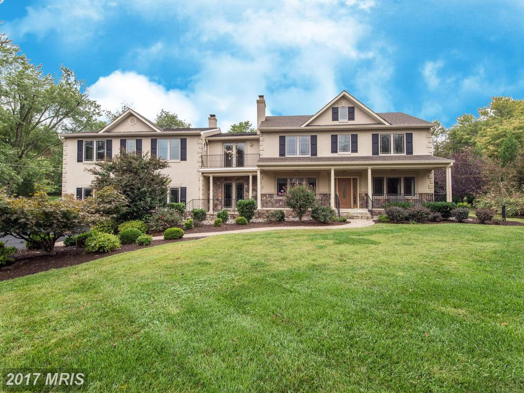 5 BR / 5 BA Colonial Listed At $1,095,000 In 22066 thumbnail