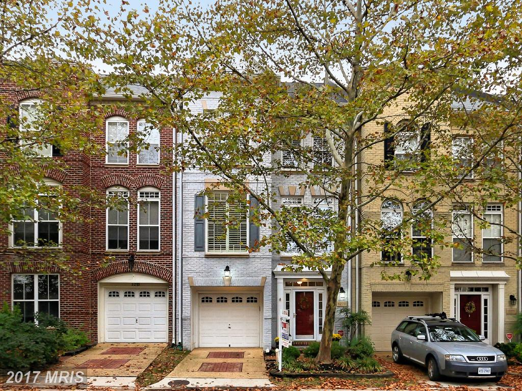 5273 Colonel Johnson Ln, Alexandria, VA 22304