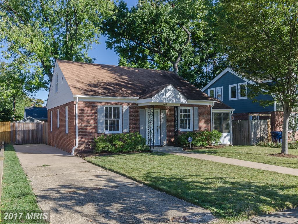 Stuart Nesbitt Loves Selling Houses In Alexandria, VA thumbnail