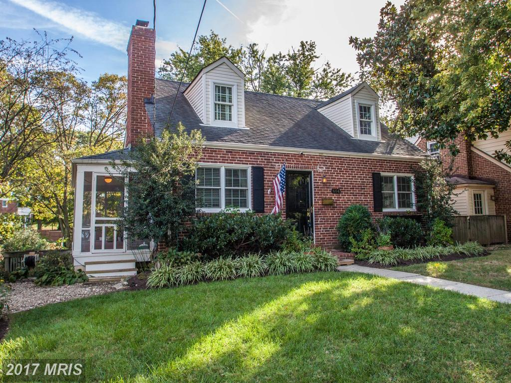 Consider The Distinct Qualities of Homes in George Washington Park When Buying A $799,900 House Like 604 View Ter S thumbnail