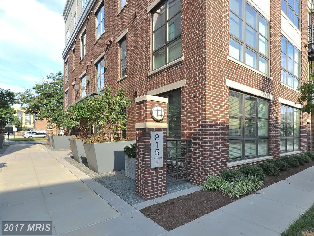 Photos And Prices Of Mid-Rise Condos Renting In The City Of Alexandria At Old Town Commons thumbnail