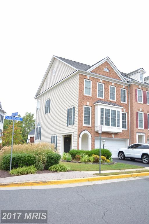 3 Bedroom End Unit Townhouse In Fairfax County For $589,000 thumbnail