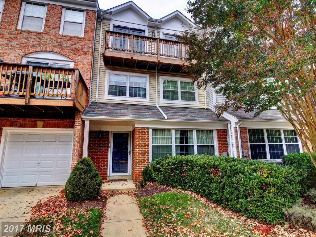 Today I noticed this Interesting Townhouse For Sale In Fairfax, VA thumbnail