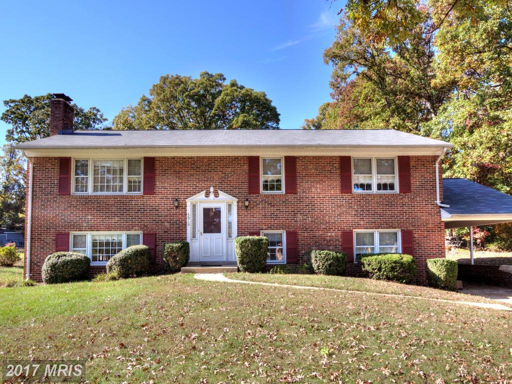 Home For Sale At Mantua Elementary School District In Fairfax County thumbnail