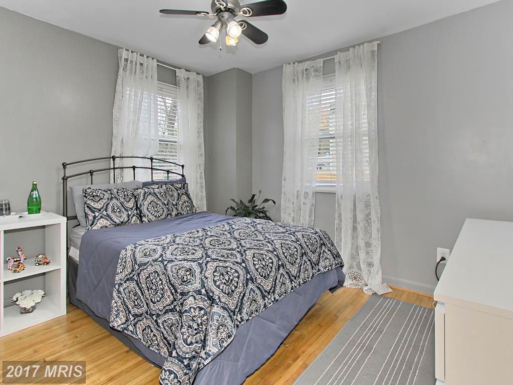 3814 Jancie Rd, Fairfax 22030
