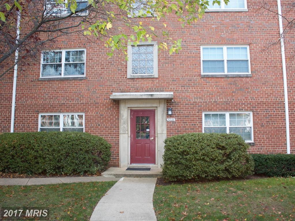 Ask Julie Nesbitt How You Can Save Money On This Residence At 5228 8th Rd S #5 In Arlington VA thumbnail