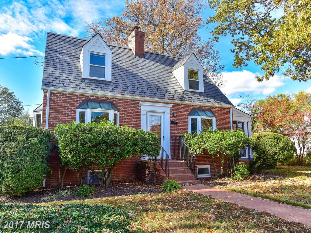 $719,000 :: For Sale At McKenzie Lewis Property In The City Of Alexandria thumbnail