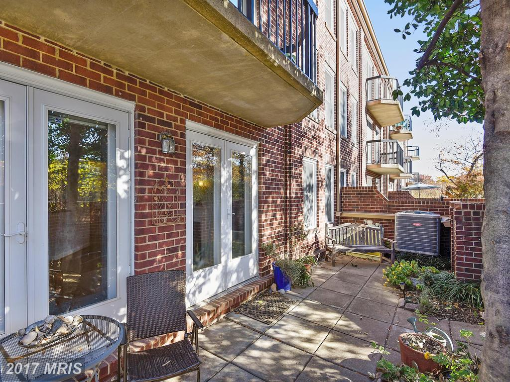 1 BR / 1 BA Colonial Listed At $405,000 In 22314 thumbnail